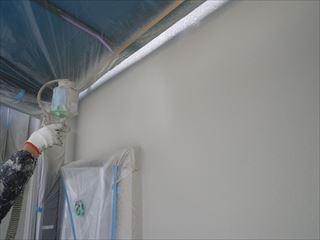 外壁塗装ガイナ吹き付け2回目2