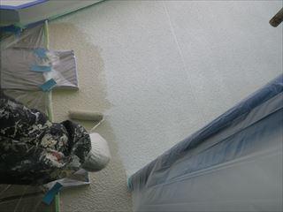 外壁上塗りローラー塗り