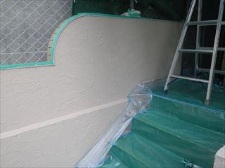 塀上塗り1回目終了