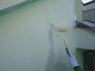 外壁下塗りローラー塗り