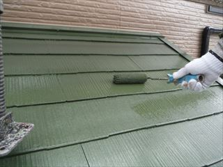 下屋の上塗り塗装2回目