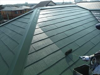 屋根の上塗り塗装2回目