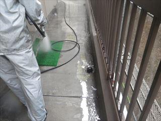 廊下土間の高圧洗浄