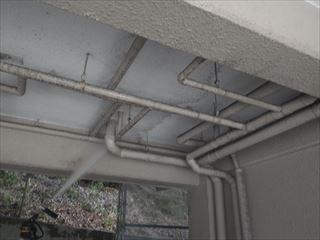 ガレージ天井高圧洗浄