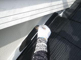 屋根水切りの上塗り1回目