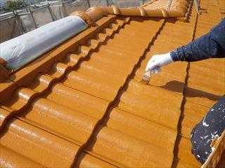 屋根の上塗り2回目刷毛