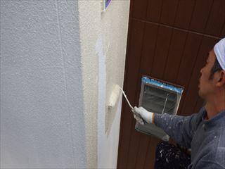 外壁上塗り塗装1回目