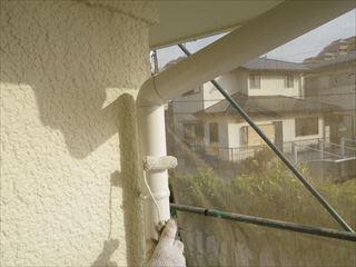 軒樋の上塗り2回目
