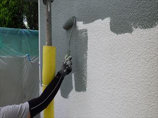 1階外壁ガイナ上塗り1回目