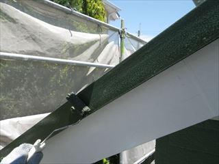 屋根金物上塗り2回目