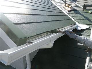 屋根水切り上塗り1回目