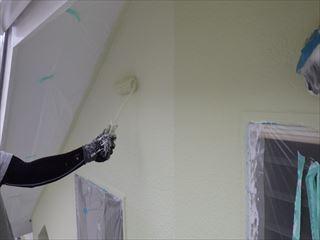 2階外壁ガイナ上塗り3回目