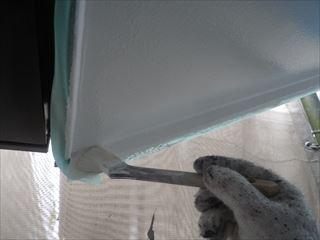 軒の上塗り刷毛