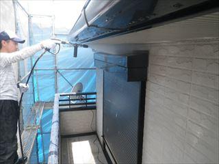 外壁と軒の高圧洗浄
