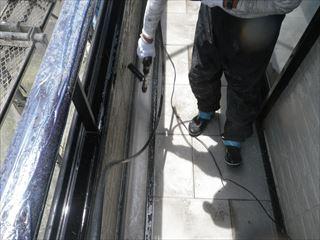 ベランダ土間の側溝の高圧洗浄