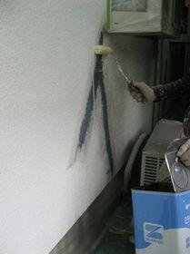 外壁補修用シーラー塗り